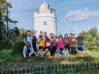 2021年度菅島小学校学校運営協議会水仙活動の集合写真